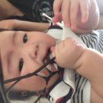 赤ちゃんにメガネを奪われ壊された(涙)なにか良い対処法ある?