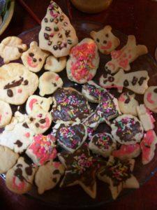 今度はクッキーが生焼け…。