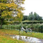 【雨の日の自転車通勤】レインコートを脱いだ後、どう保管してる?