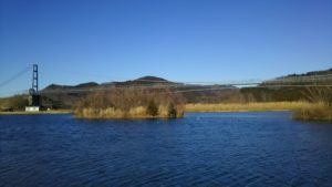 宮ケ瀬ダムで迫力の放水体験