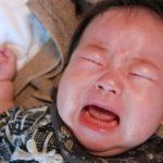 1歳、夜中に大量のお茶を飲むのはなぜ?飲む量もオシッコ漏れも心配…。